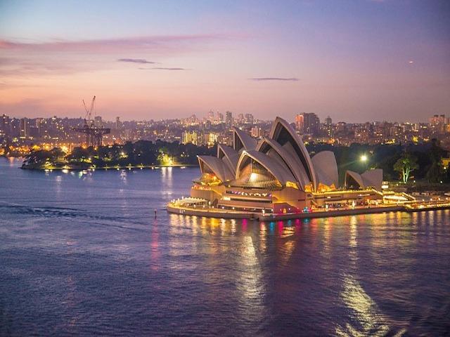 Australien Reise buchen Schindler