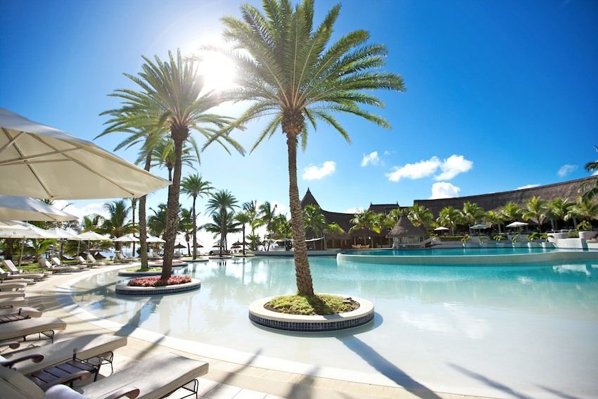 Lux Belle Mare Pool