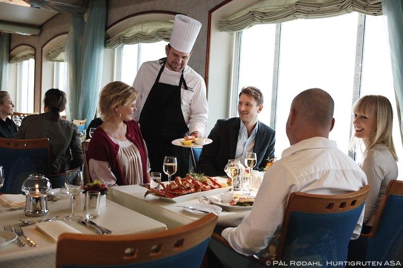 Hurtigruten Reise Norwegen buchen