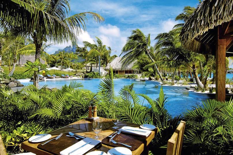 St. Regis Bora Bora Resort buchen