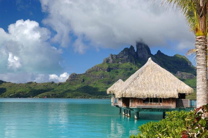 St. Regis Bora Bora Resort buchen 5