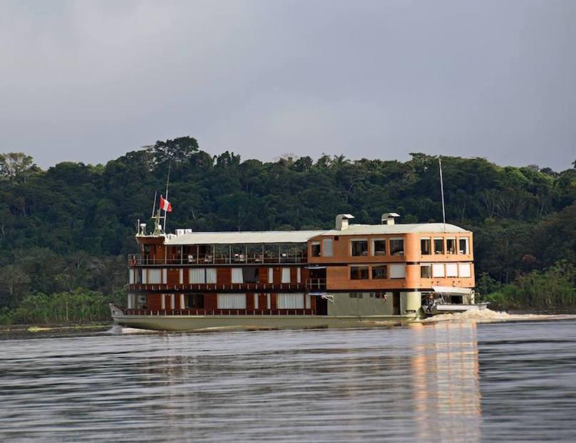 Delfin Amazonas Cruises