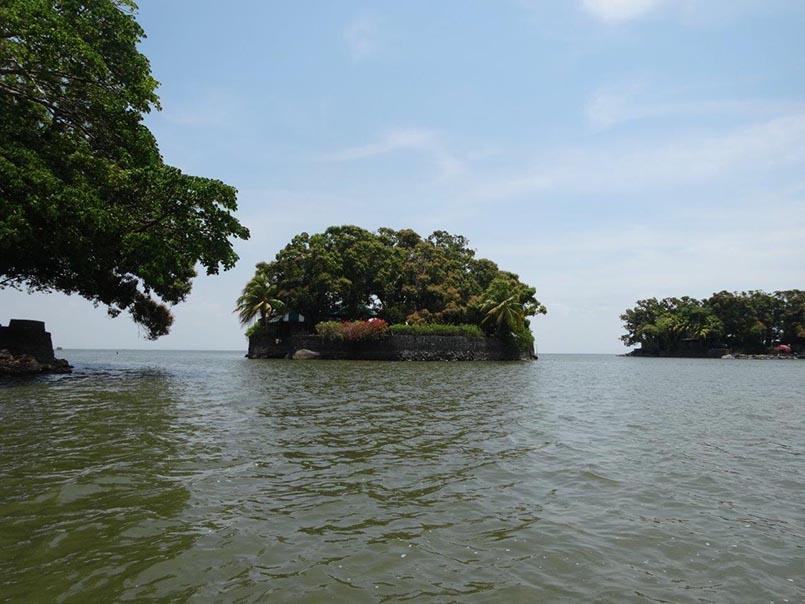 """Eine der vielen kleinen Inseln von """"Las Isletas"""""""