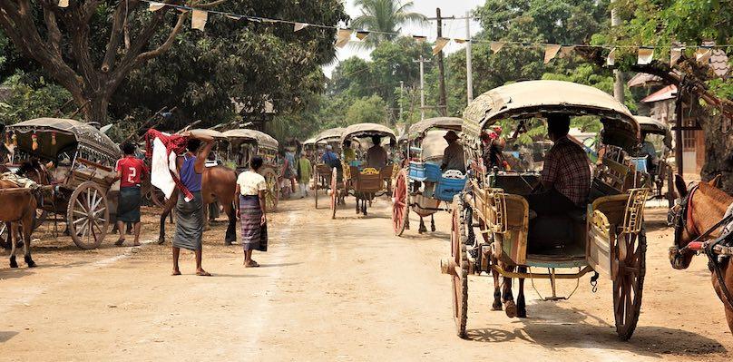 Myanmar Miramar Verkehr Straßen Ochsenkarren