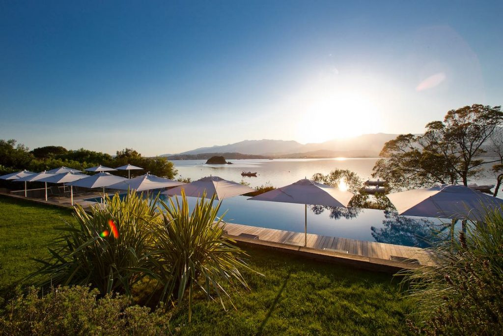 Casadelmar Hotelpool Blick aufs Meer