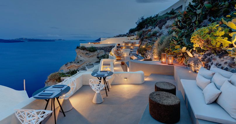 Mystique-Resort-Santorini-Luxushotel-1