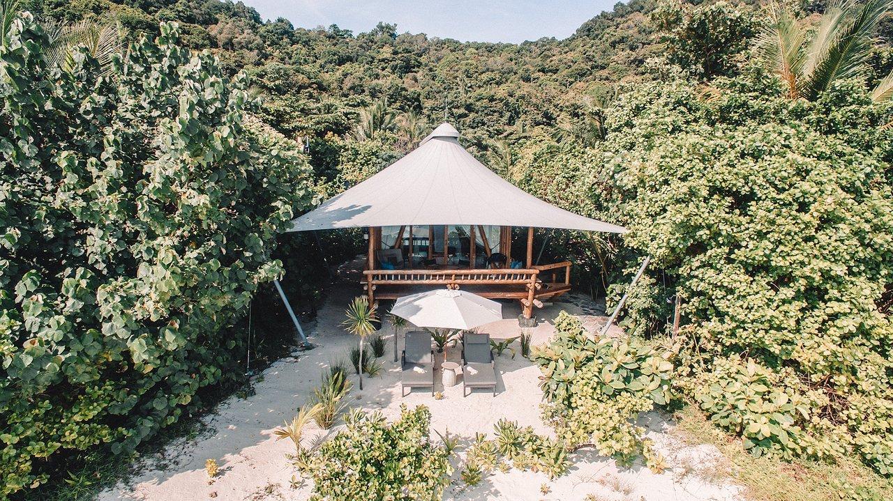 Beach Suite Bawah Resort