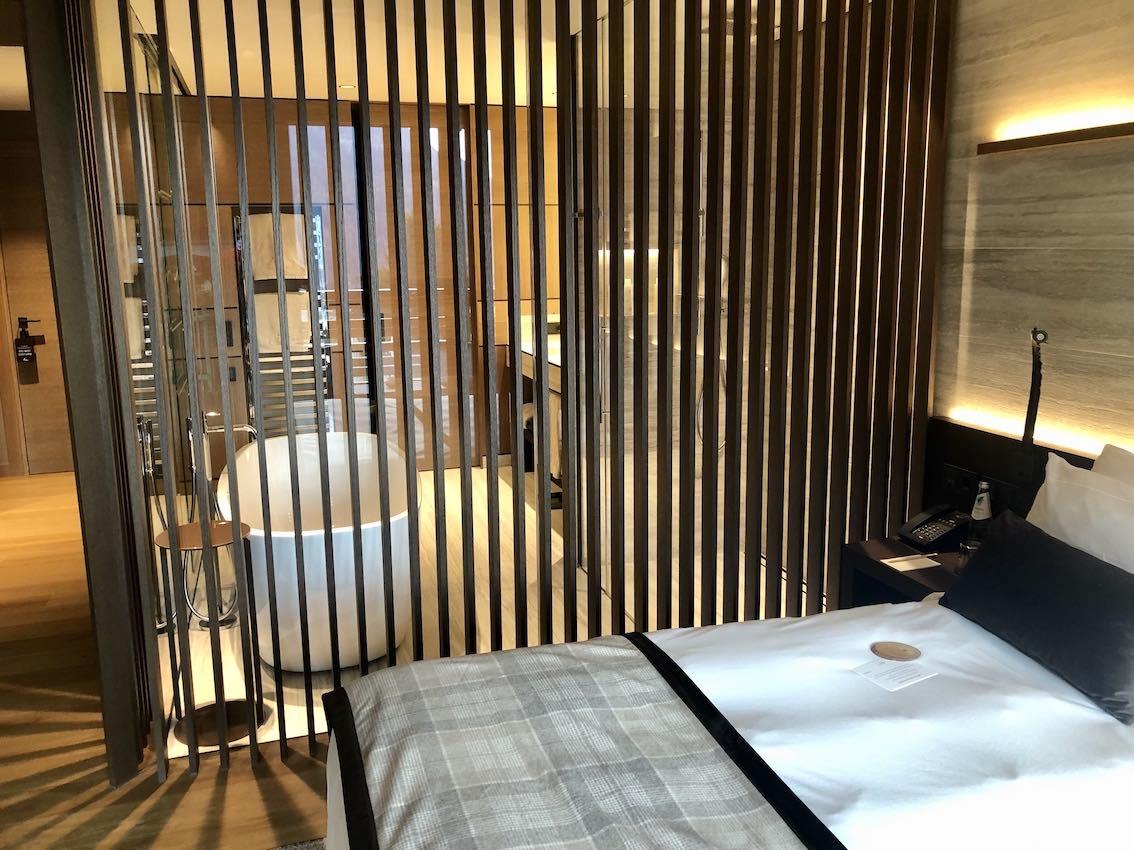Lefay Dolomiti Badezimmer Junior Suite