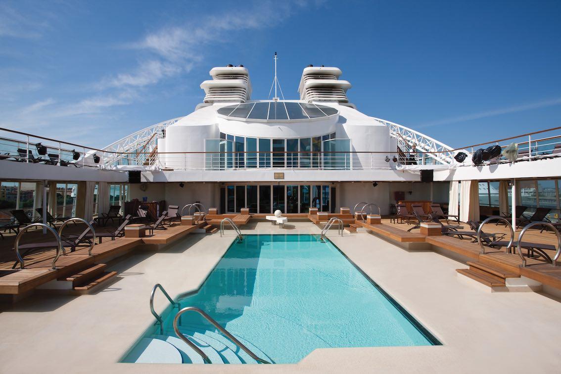 Schiff Odyssey Pool