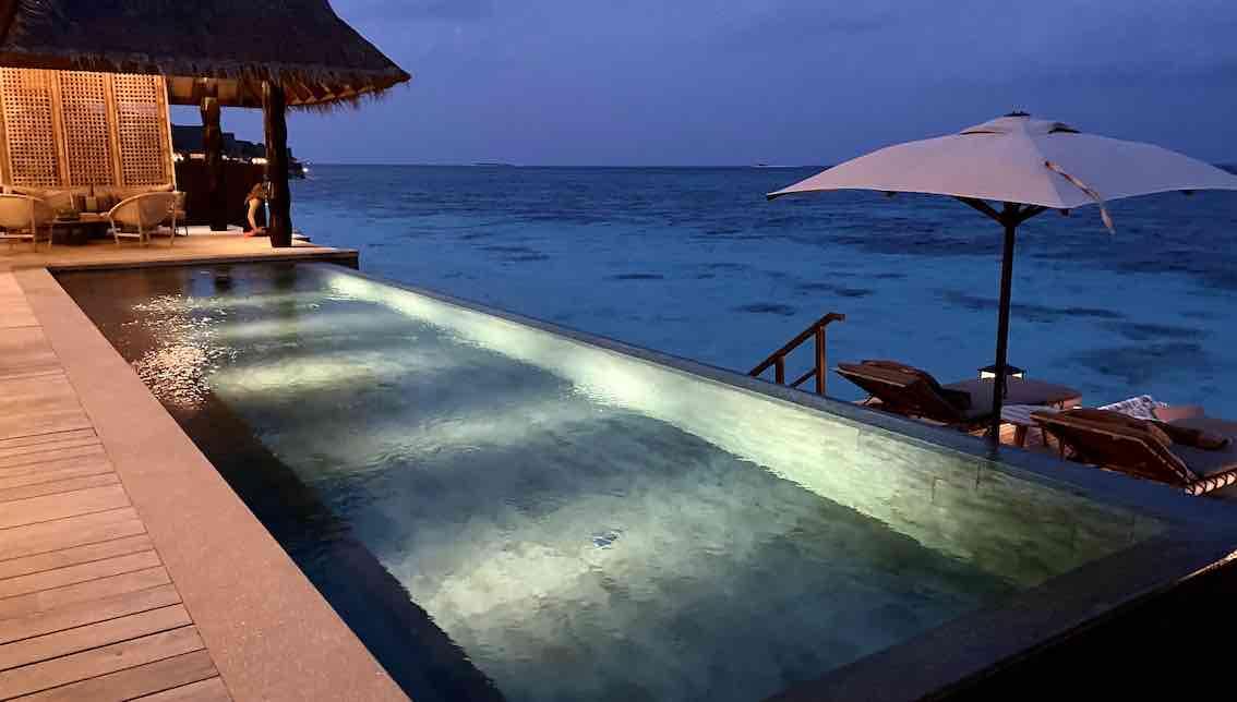 Jaoli Maldives Wasservilla